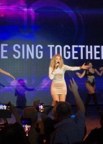 Lian Ross has performed in Kaliningrad